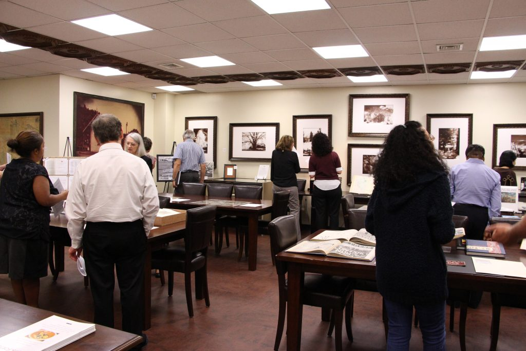 3Special Collections & University Archives